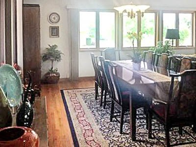 Dining room furnished